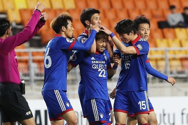 Suwon beat Eastern SC to move atop group at AFC Champions League