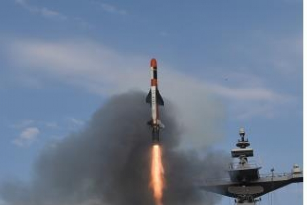 Korea's warships to have new missiles for ground targets
