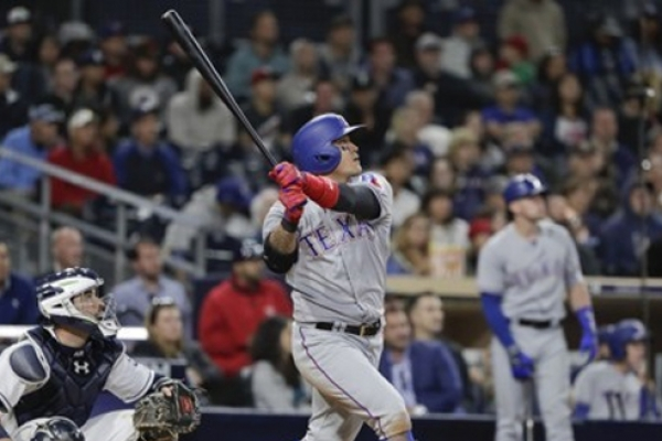 Rangers' Choo Shin-soo hits 150th career home run