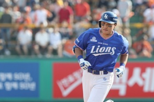 Last-place Samsung Lions finally showing signs of life