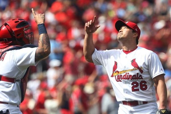Cardinals' Oh Seung-hwan earns 13th save of season