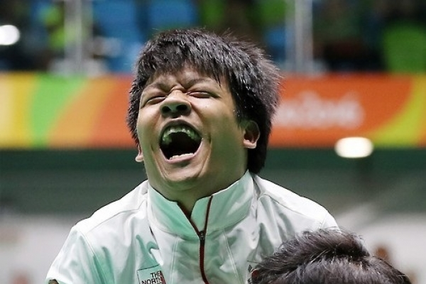 Paralympic athlete loses state living subsidy after winning gold medal