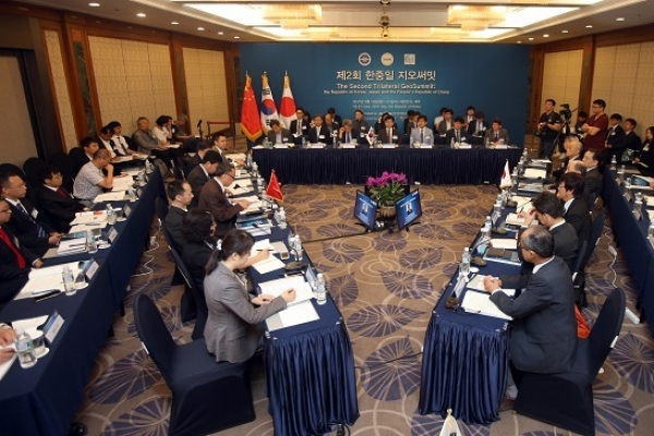 Korea, China, Japan to conduct joint research on quake risks