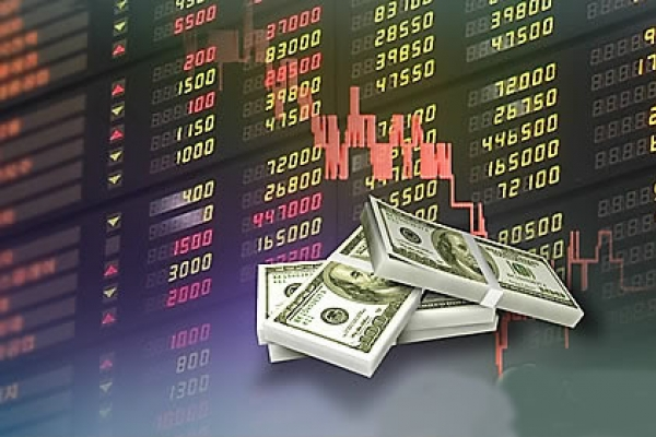 Foreign investors trading on Korean bourse up slightly in May