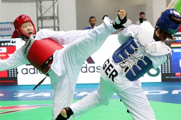 2 Koreans secure bronze at taekwondo world championships