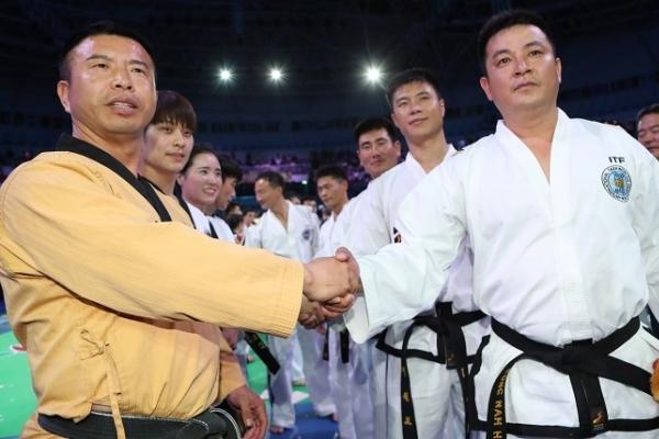 Demonstration performances put finishing touch to taekwondo worlds
