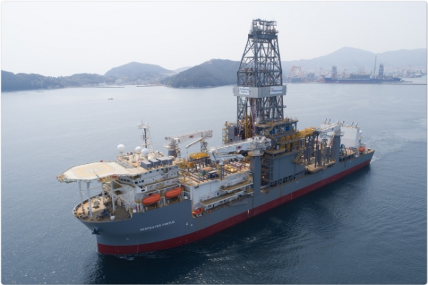 Daewoo Shipbuilding wins order for 4 oil tankers