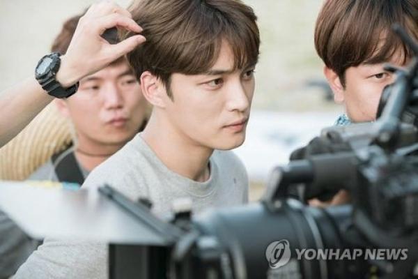 JYJ's Kim Jae-joong sustains injury on drama set