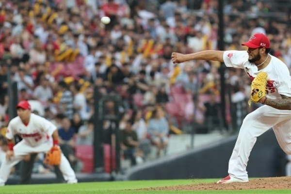 Understanding Ex-MLB pitcher Noesi's sudden KBO dominance