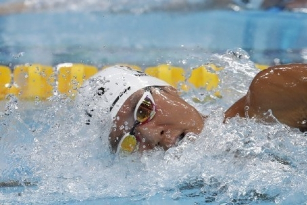 Park Tae-hwan reaches 200m freestyle final at swimming worlds