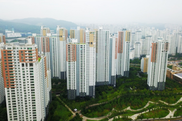 [Photo News] More influx to suburbs?