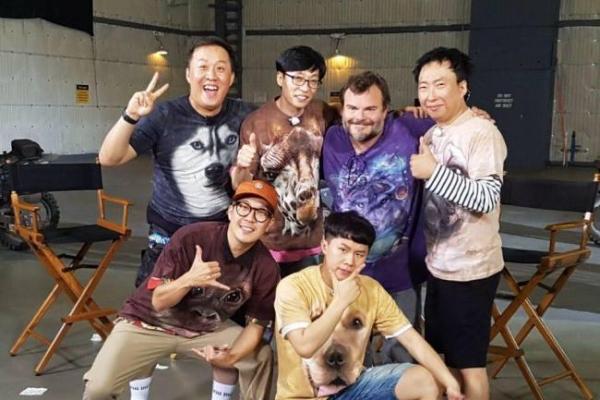 Cast of 'Infinite Challenge' reunites with Jack Black