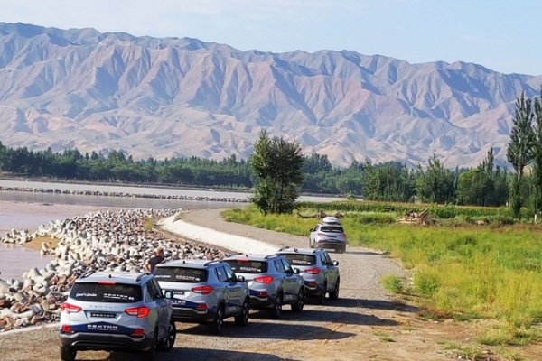 [Photo News] SsangYong Motor's Rexton Trans-Eurasia Trail team travels Silk Road