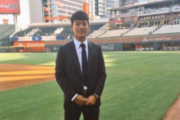 Korean high school shortstop signs with Atlanta Braves