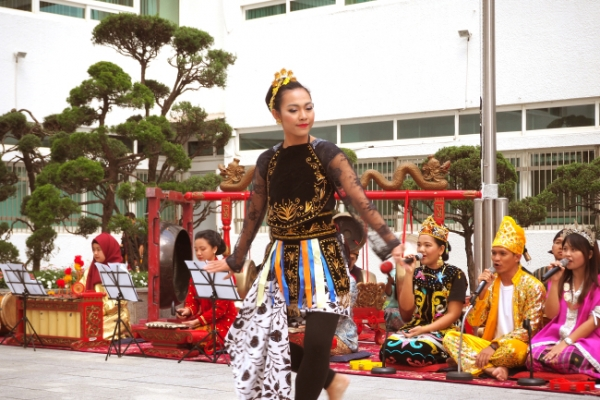 Indonesian music, dance spark cultural chemistry