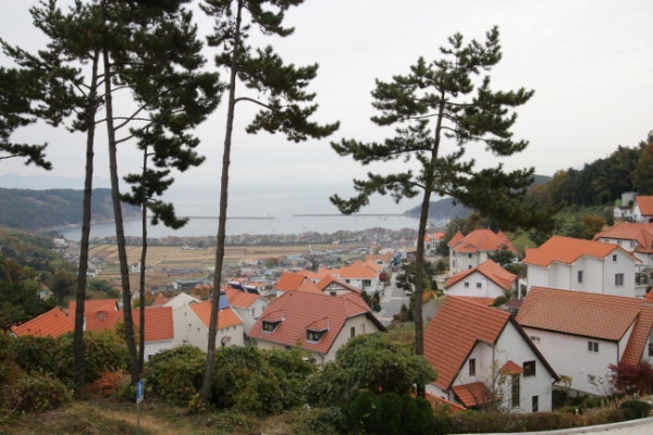 Stories hidden within southernmost strip of Korea