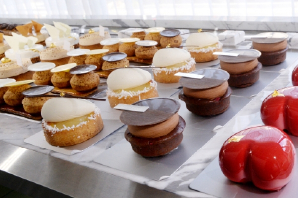 From eclairs to tarts at patisserie by Garuharu