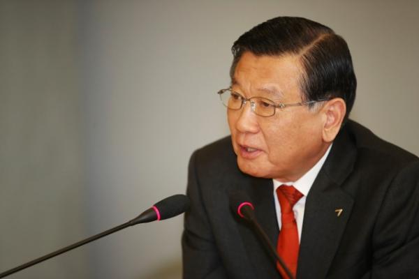 [Photo News] Kumho folds tire unit ambition