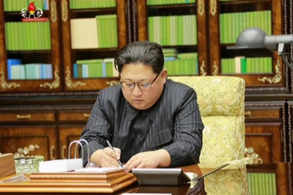 [팟캐스트](223) 북한 미사일 발사, 북한 공격대상자 청와대-백악관 포함