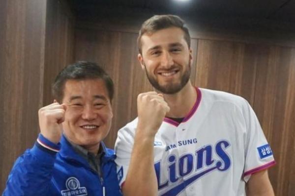 Samsung Lions sign ex-MLB pitcher Tim Adleman
