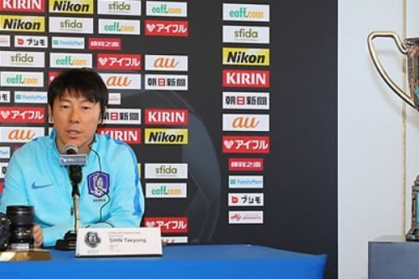 Korea football coach confident of East Asian title defense