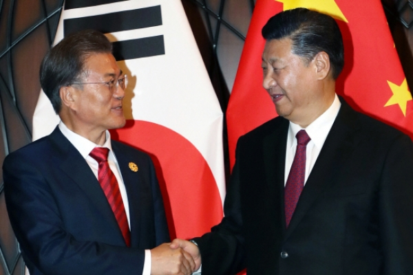Economy, security to take center stage in Thursday's Moon-Xi summit