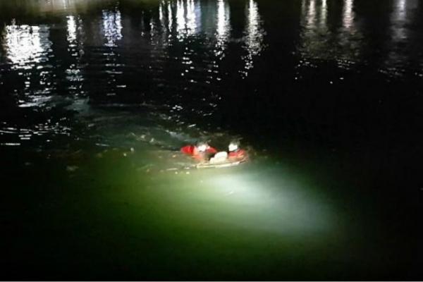 Down jacket saves drowning man in Busan