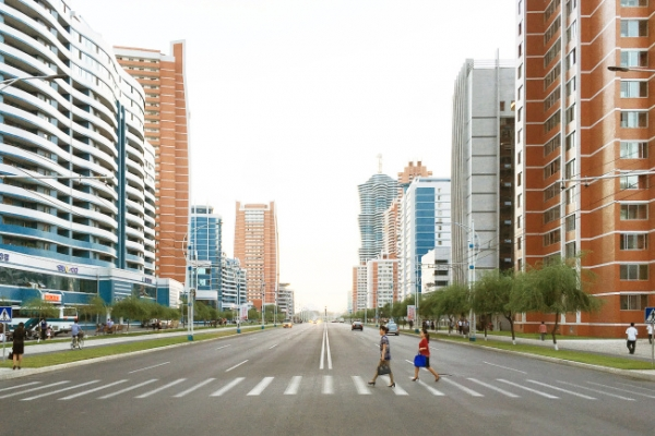 [Herald Interview] Dreaming of Pyongyang as charming metropolis