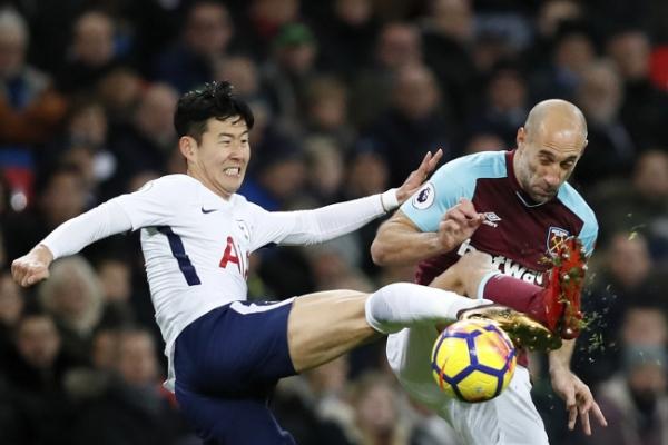 S. Korea nat'l football coach says Tottenham manager gave hint on Son Heung-min use