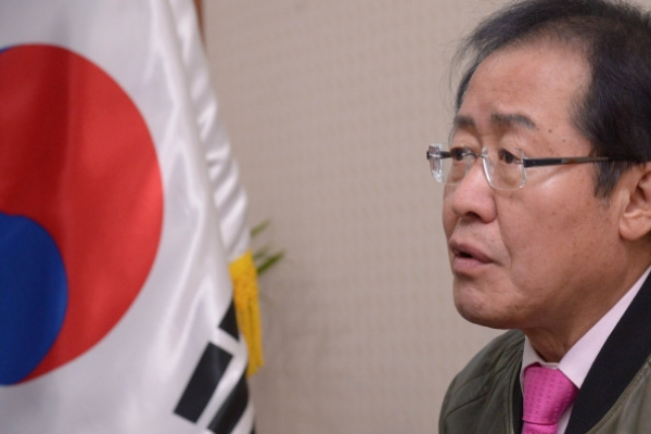 [Herald Interview] Hong Joon-pyo claims possibility of contingency, criticizes Moon's approach to NK