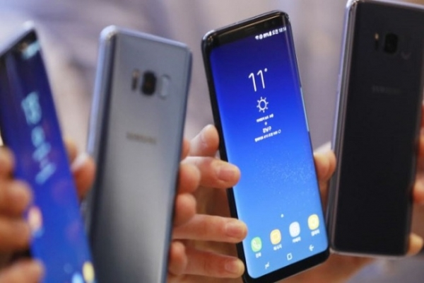 [Exclusive] Samsung to complete AI chips for servers, phones this year: sources