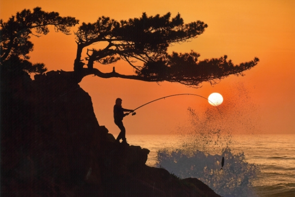 [Photo News] Fishing at sunset
