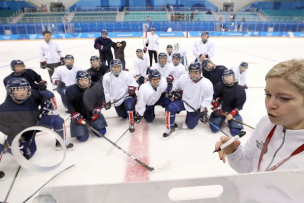 [PyeongChang 2018] Hockey coach tells bench players to hold heads high, work for ice time