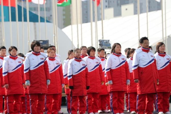 N. Koreans decline Olympic phones: reports