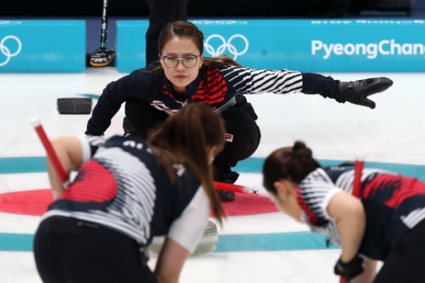 [PyeongChang 2018] 'Yeong-mi-yah!' and other hallmarks of curling sweeping Korea