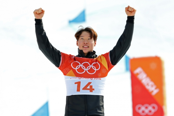 [Newsmaker] Lee Sang-ho: 1st Asian man to win medal in alpine snowboarding