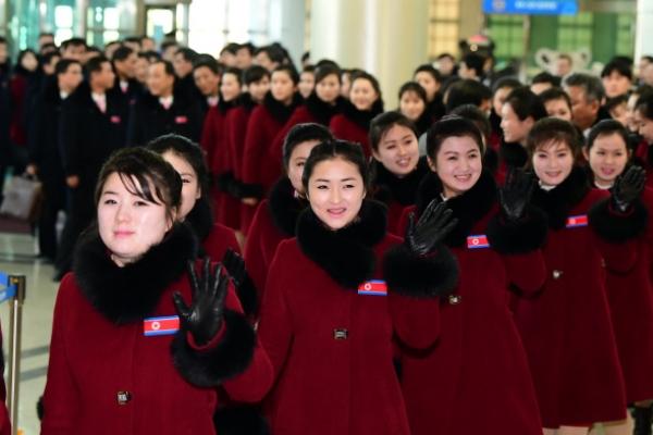NK athletes, cheerleaders return home as Olympics end