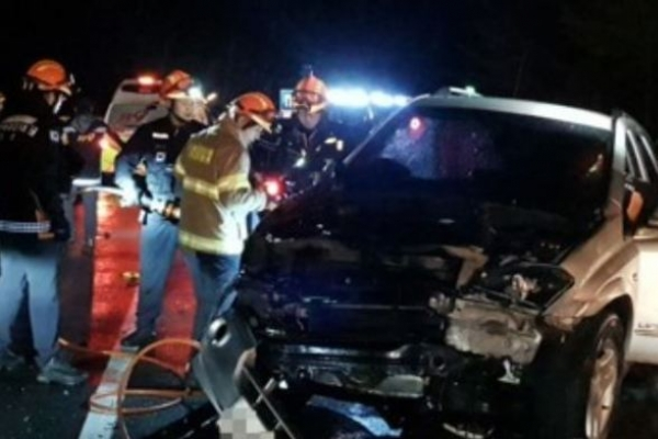 Multiple-vehicle accident on Hongcheon Expressway leaves 3 dead, 5 injured