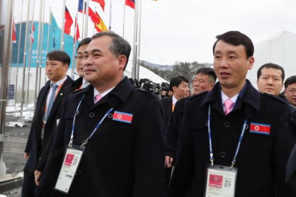 [PyeongChang 2018] N. Koreans enter Paralympic Village in PyeongChang