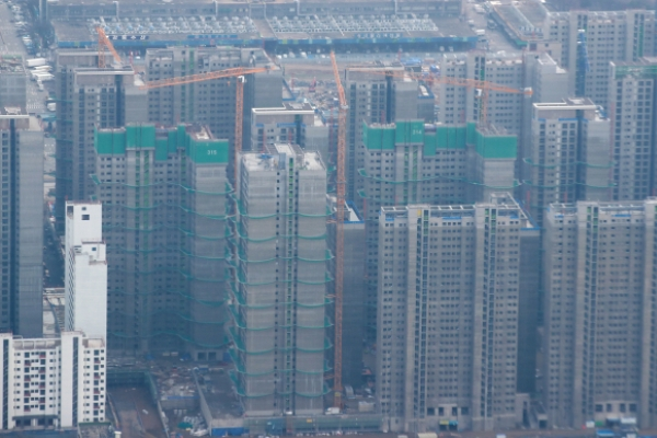 Seoul apartment lease prices fall by largest margin in 5 years