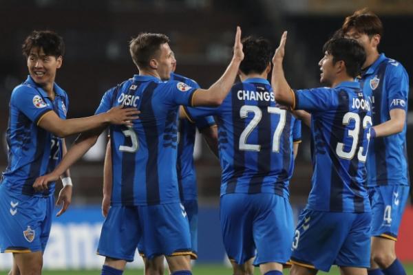 Ulsan, Jeonbuk secure AFC Champions League knockout berths