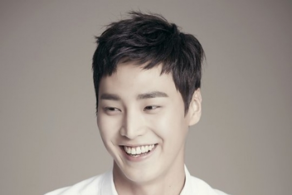 Lee Tae-hwan to star in 'What's Wrong With Secretary Kim'