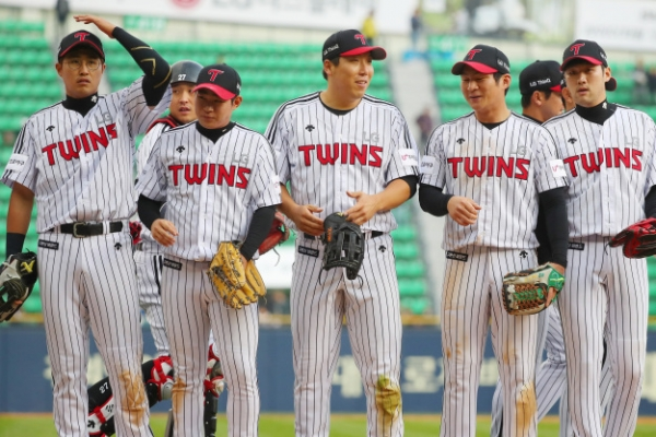 Baseball league to open disciplinary proceedings against club over sign stealing