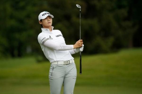 Korean Park Sung-hyun wins weather-shortened LPGA tournament