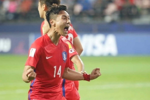 S. Korea's U-23 footballers stimulated by young forward's senior int'l debut