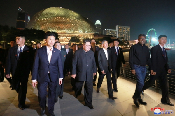 [US-NK Summit] N.Korean media reports Kim learned about Singapore's development during night tour