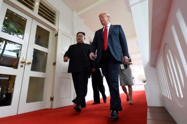 [US-NK Summit] Trump confident of 'tremendous success'