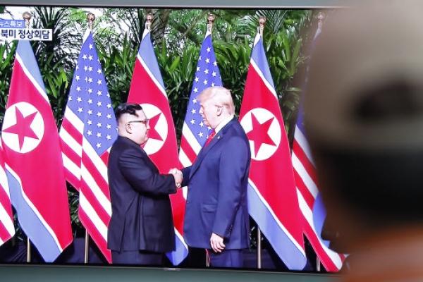 [US-NK Summit] S. Korea hails Trump-Kim summit as 'talks of the century'