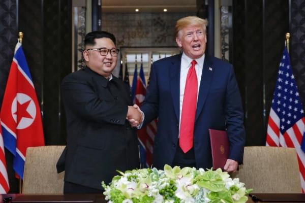 [US-NK Summit] US, NK bury the hatchet, open new era of detente