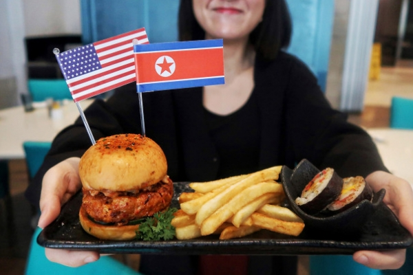 [US-NK Summit] Unlike Singapore, Korean F&B firms careful about Trump-Kim marketing